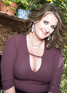 porn photos Busty middle-aged lady Kerry Martin, big tits , lingerie